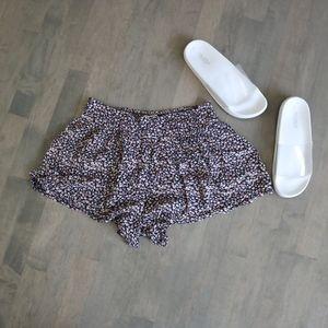 BILLABONG Ruffled Shorts